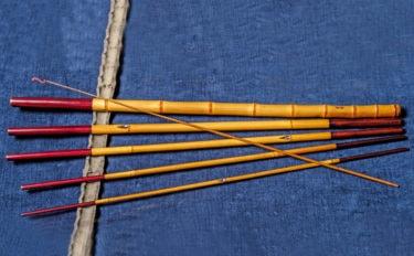 道具を通して伝統的な釣りを知る:小継ぎの短竿で楽しむホソの小ブナ釣り