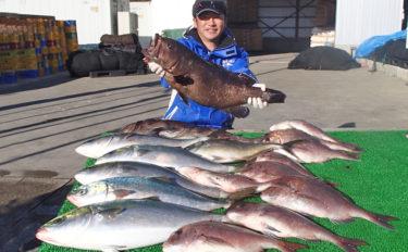 冬に人気の『海上釣り堀』釣果アップの秘訣 3つのチャンスタイムが重要