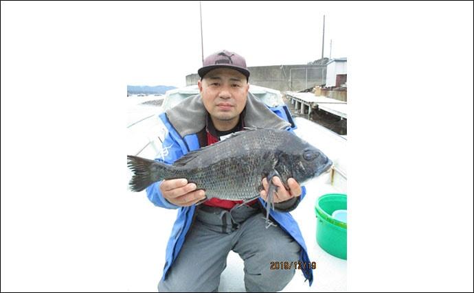 【三重】イカダ&海上釣り堀最新釣果 70cm頭にマダイ数の釣りなど