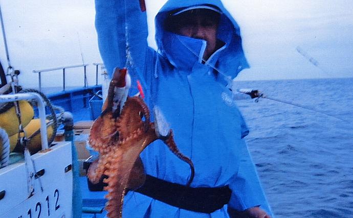 エギタコ釣りで4.8kg頭に良型登場 今後は「渡り」に期待【大貫丸】