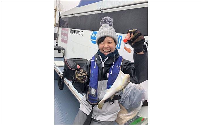 東京湾カットウ釣りで33cmヒガンフグ 好ゲストはマダコ【忠彦丸】