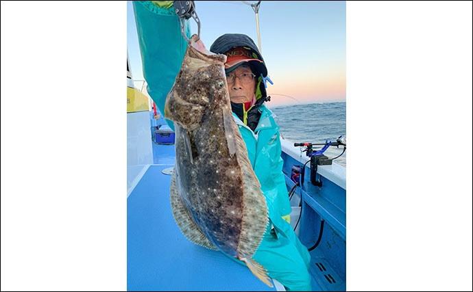 活イワシ泳がせのヒラメ釣り 好ゲスト含み船中全員安打で笑顔【春日丸】