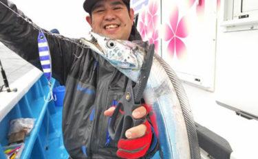 茨城・鹿島沖のタチウオが好調 水深20mの浅場でトップ100尾超え