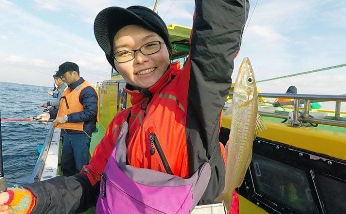 東京湾『船キス釣り』絶好調 入れアタリで2人合計シロギス58尾【荒川屋】