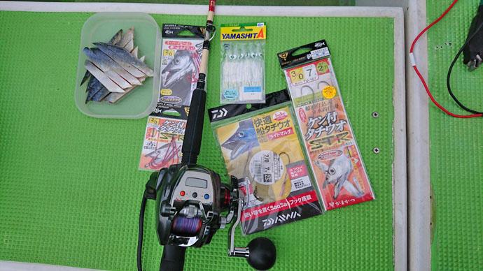 東京湾エサタチウオ釣行で117cm頭に36尾 良型狙いなら今【弁天屋】