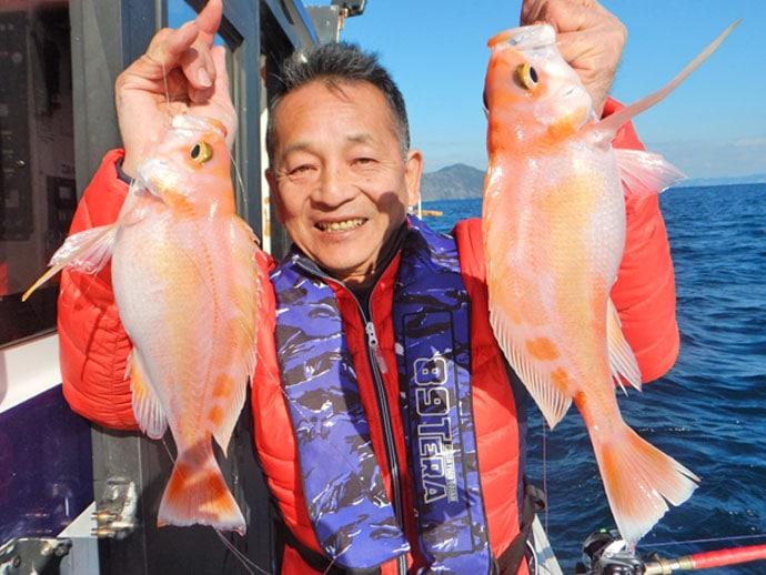 蒲江沖で30cm級アカイサキ10尾 華やかな釣果に満足【大分県】