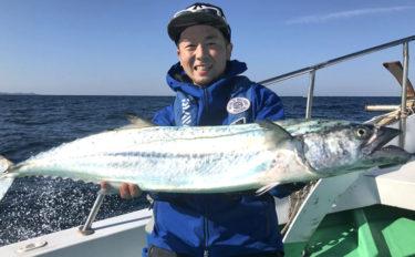玄界灘ボートジギングで5.3kg寒サワラをキャッチ【FishigBoatP-Ⅲ】