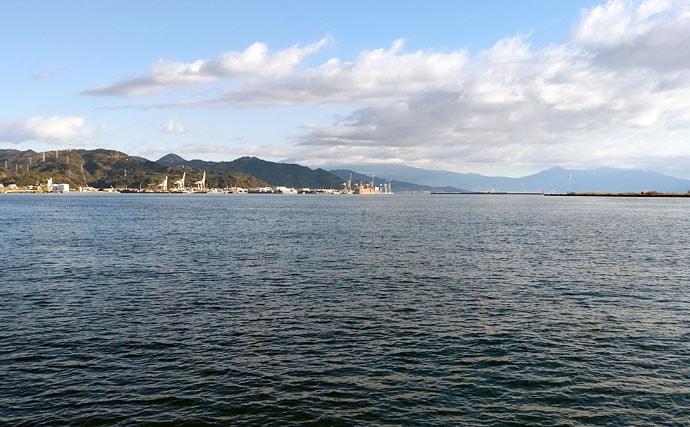 冬の波止リレー釣行満喫 コウイカエギング&サゴシジギング【清水港】
