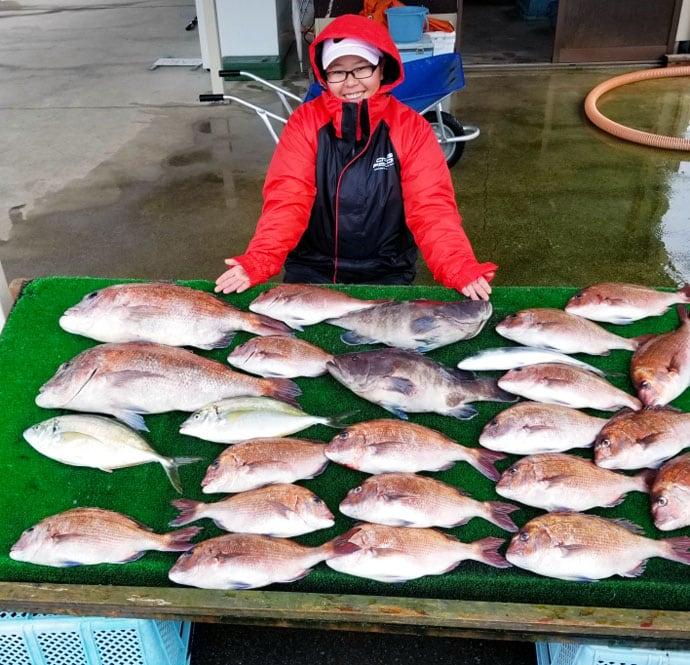 【三重県】海上釣り堀最新釣果 高水温でサカナ活性アップの好機到来