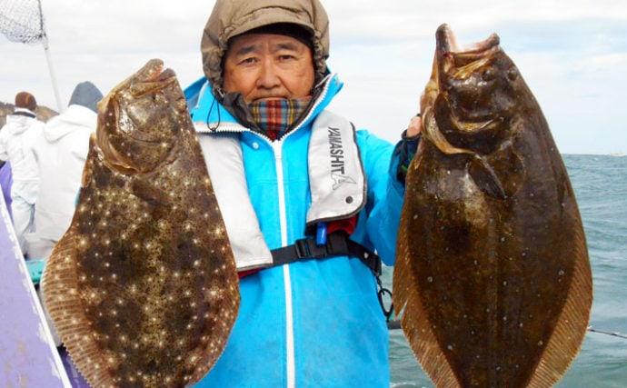 水深10m前後の浅場でヒラメ乱舞 5人で22尾の数釣り達成【春栄丸】
