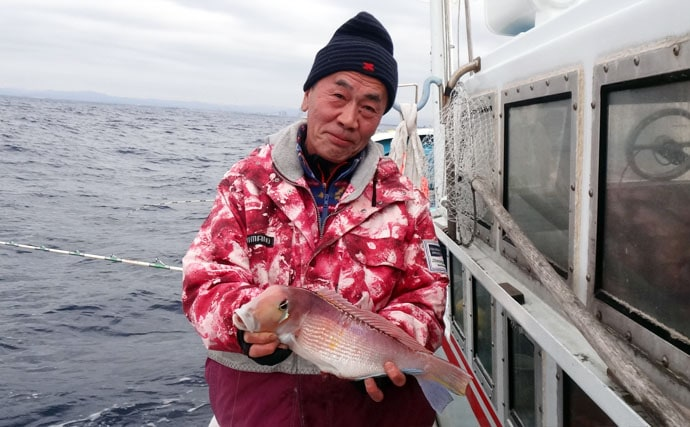 シーズン終盤のアマダイ釣りで良型中心に船中全員安打【静岡・わし丸】