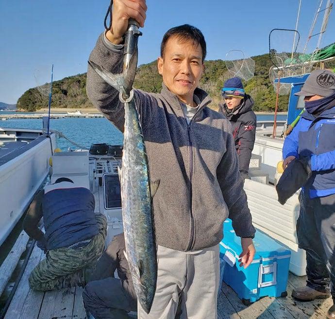 【三重・石川・福井】沖釣り最新釣果 エギングで2kg級含みアオリ好調