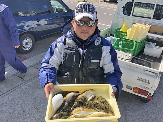 【愛知県】沖のエサ釣り最新釣果 泳がせ釣りで85cm大判ヒラメ
