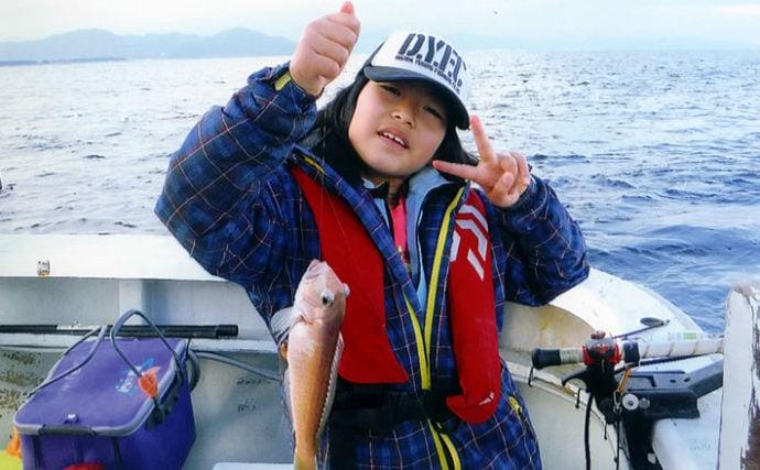 娘と二人でシロアマダイ釣り 父より良型を釣りドヤ顔【ともわ丸】