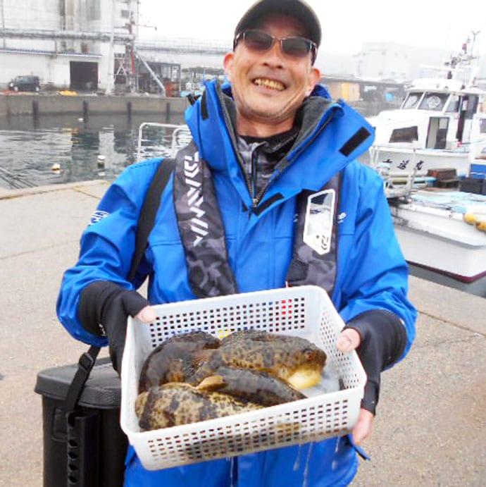 【愛知&福井】沖釣り最新釣果 ヤリイカ船中525匹に尺メバルなど