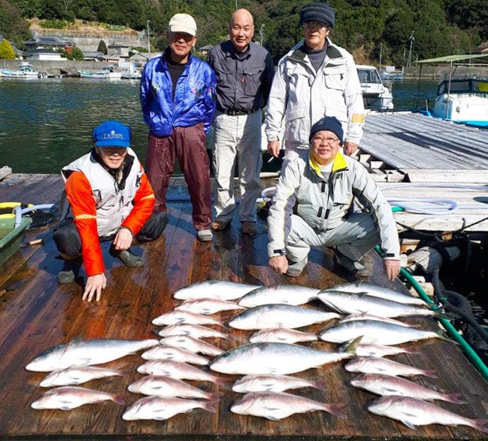 【三重】海上釣堀最新釣果 マハタ・シマアジ・マダイと高級魚目白押し