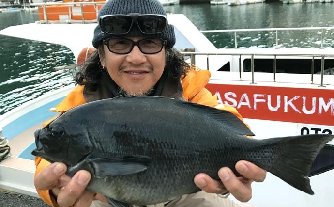人生4度目の磯フカセ釣り 会心のアワセで40cmクロ手中【大分】
