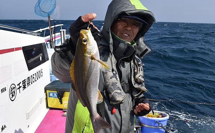 南房総イサキ釣りで良型主体にトップ41尾 メジナやアカハタも【千葉・勝丸】