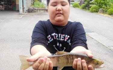 子連れで楽しむ渓流釣り 37cm大イワナに親子揃って大興奮【長良川】
