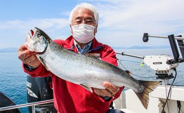 【琵琶湖2020】『ビワマス』レイクトローリング初心者入門 手ぶらでOK