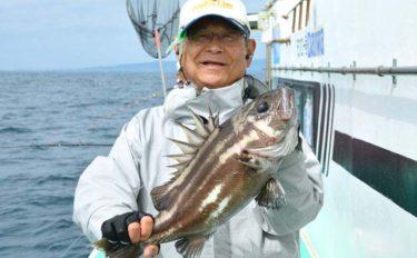 イシナギ釣りで7.9kg頭に船中10尾 アワセがキモ【モンロー号】