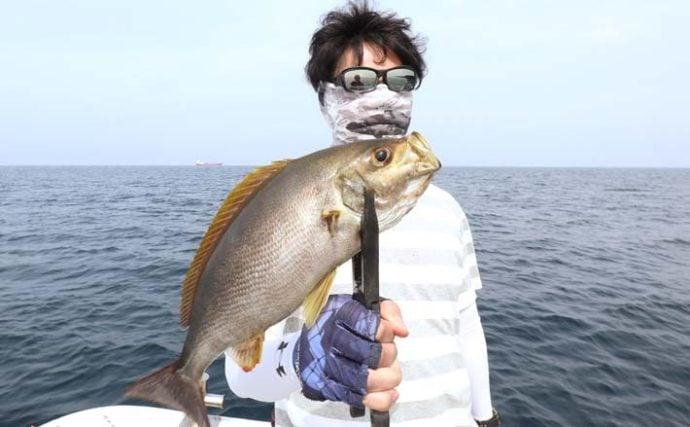 SLJで旬の「大型イサキ」狙い 40cmアップ連続浮上に満足【福岡】