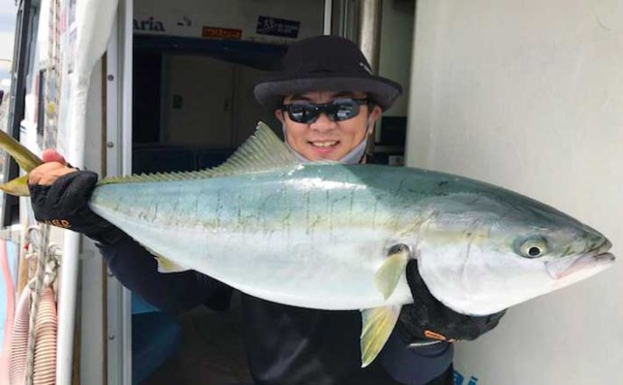 【愛知】オフショアルアー最新釣果 ジギングで90cm級ブリにサワラも浮上
