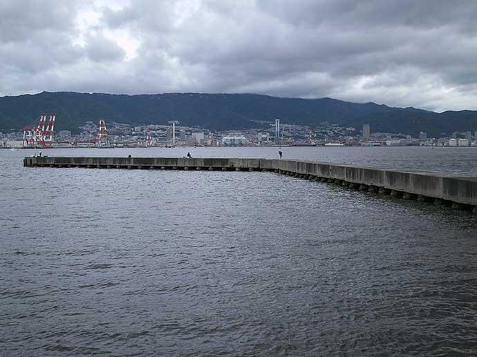 大阪湾の沖堤防を徹底解剖:神戸第6防波堤 落とし込み釣行も紹介