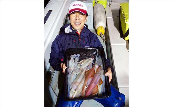 【福岡】夜焚きイカ釣り最新釣果 パラソル級混じり1人120尾と絶好調