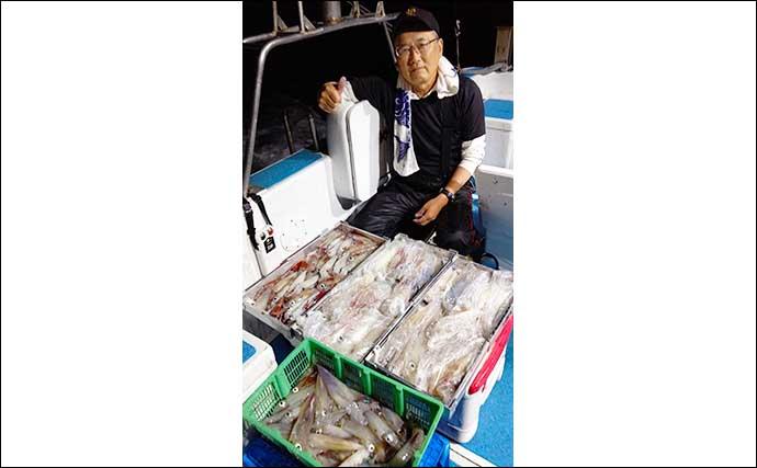 【福岡】夜焚きイカ釣り最新釣果 イカメタルでも165尾の大釣り