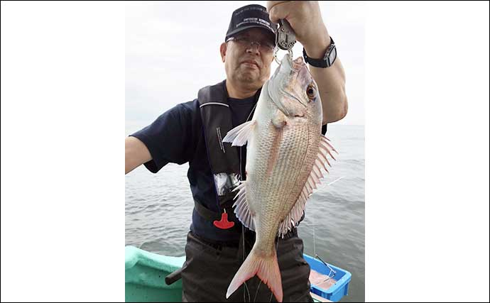 コマセで狙うシマアジ釣り エサ取り避け46cm本命手中【三重・幸得丸】