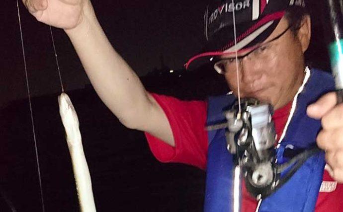 ボートウナギ釣りで特大級含み2尾 「カメジャコ」エサで手中【揖斐川】