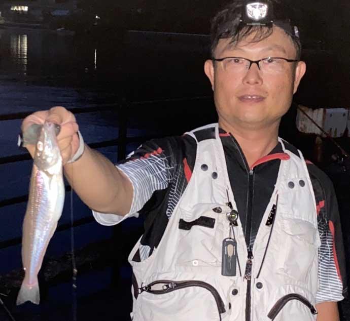 夜の投げ釣りで27cm大型シロギス 潮通し良い場所がキモ【福井・敦賀】