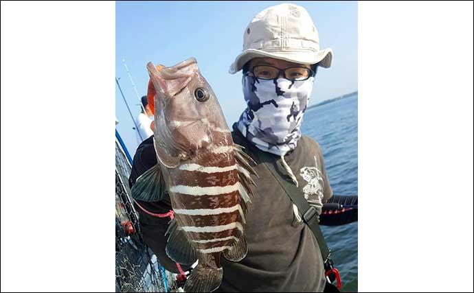 博多湾ジギングタチウオで連発劇 6人で111尾の好釣果に【福岡・Gulf】