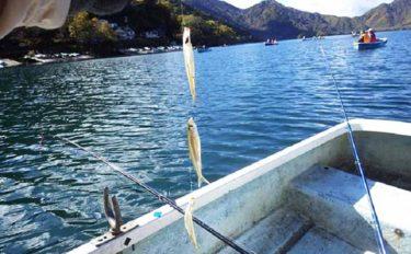 紅葉に囲まれながら楽しむワカサギ釣りのススメ 中禅寺湖にて解禁間近