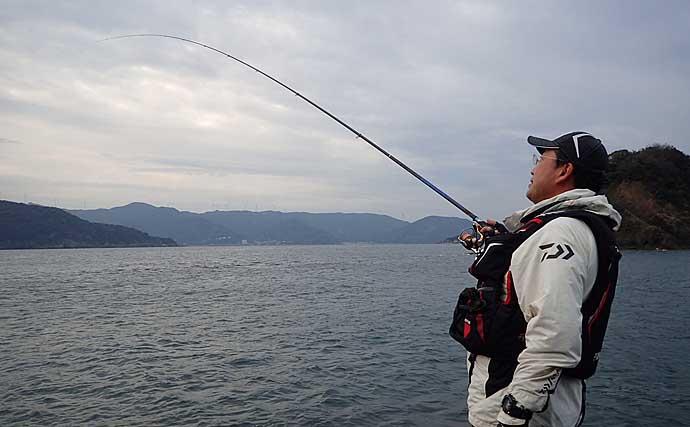 釣り初心者が言われがちな「竿を立てろ」の意味 竿は曲げてなんぼ?