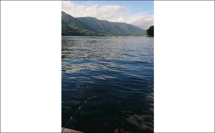 ボートワカサギ釣りで110匹 サビキとエサどちらが釣れる?【木崎湖】