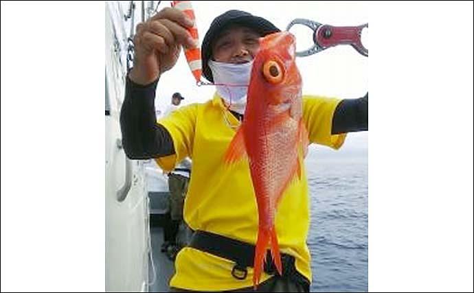 中深海ジギングで本命キンメ手中 珍魚『マンザイウオ』も浮上【三重】