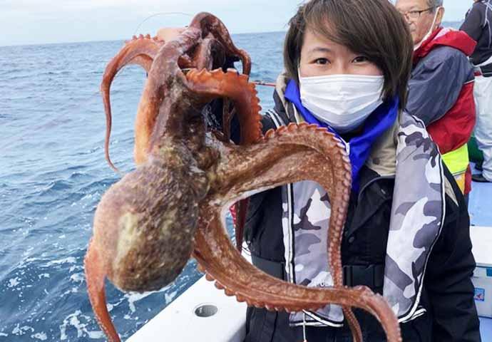 今日ナニ釣れた?沖釣り速報:外房『マダイ』爆釣で一人30尾【関東】