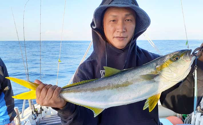【福岡】沖のエサ釣り最新釣果 目にも楽しい色鮮やかな魚がズラリ