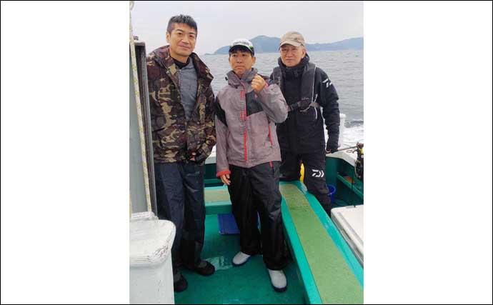 落とし込み釣りでメジロ好調 ベイトの有無がカギ【福丸観光漁業】