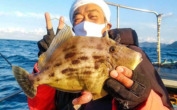 船カワハギ釣りで31cm頭に大型続々 ウネリに苦戦【山口・剛龍丸】