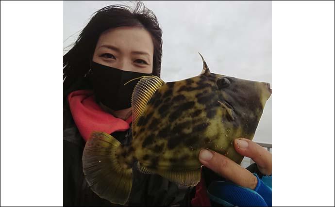 海釣り施設の泳がせ釣りで『肝パン』カワハギにアラ【脇田海釣り桟橋】