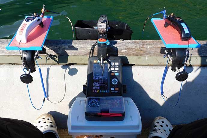 相模湖ボートワカサギ釣りで500尾超 バスの猛攻に要注意【柴田ボート】