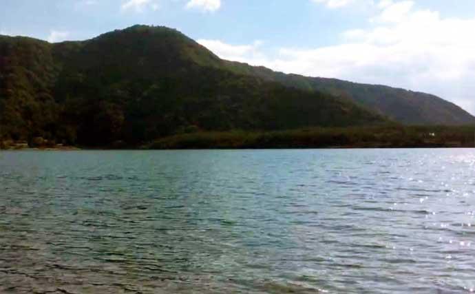 ボート釣りで美しいヒメマス14尾&ワカサギ157尾の好釣果【山梨・西湖】