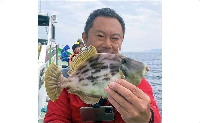 東京湾「船カワハギ」釣りで30cm級連発 大型狙いの好機【弁天屋】