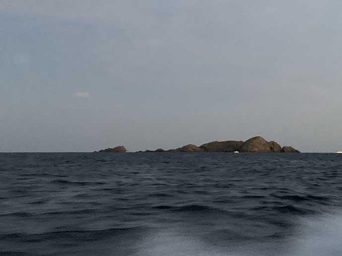 輪島沖ジギングで6.8kgヒラマサ 速巻きからのステイに好反応【諏訪丸】