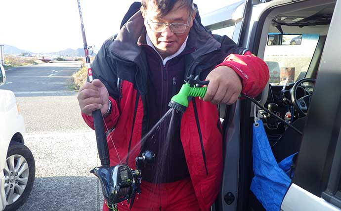 年に1度の釣り具大掃除:電動リール コードの接触不良防止策とは?