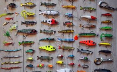 釣りライター100人に聞きました:今年1年釣具にいくら使った?