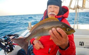 玄界灘イサキ釣りでトップ24尾 良型狙いは浅めのタナで【第二大福丸】